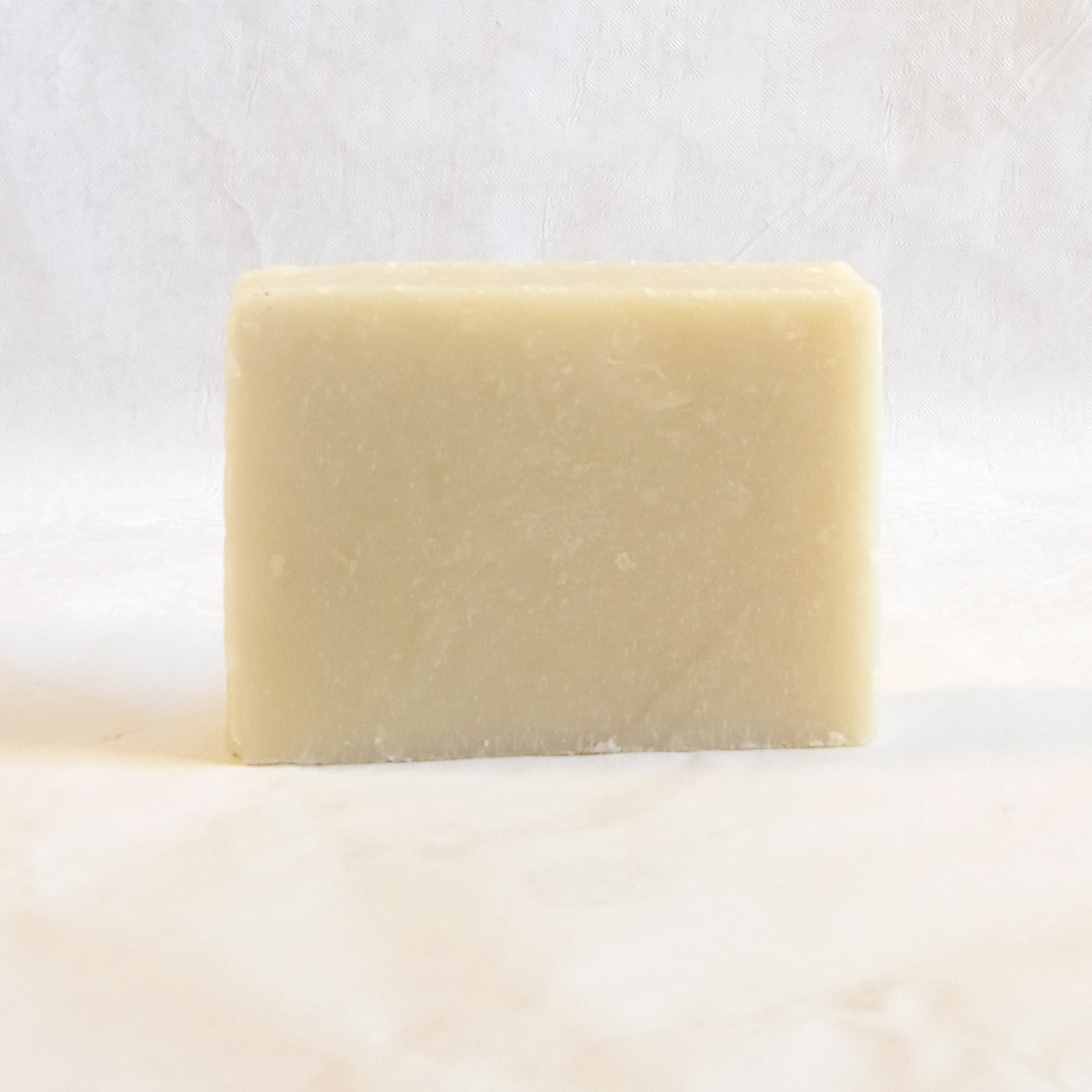Alternative gentlemans soap for shaving male grooming best finest quality shave bar vegan friendly vegetable soap tallow free