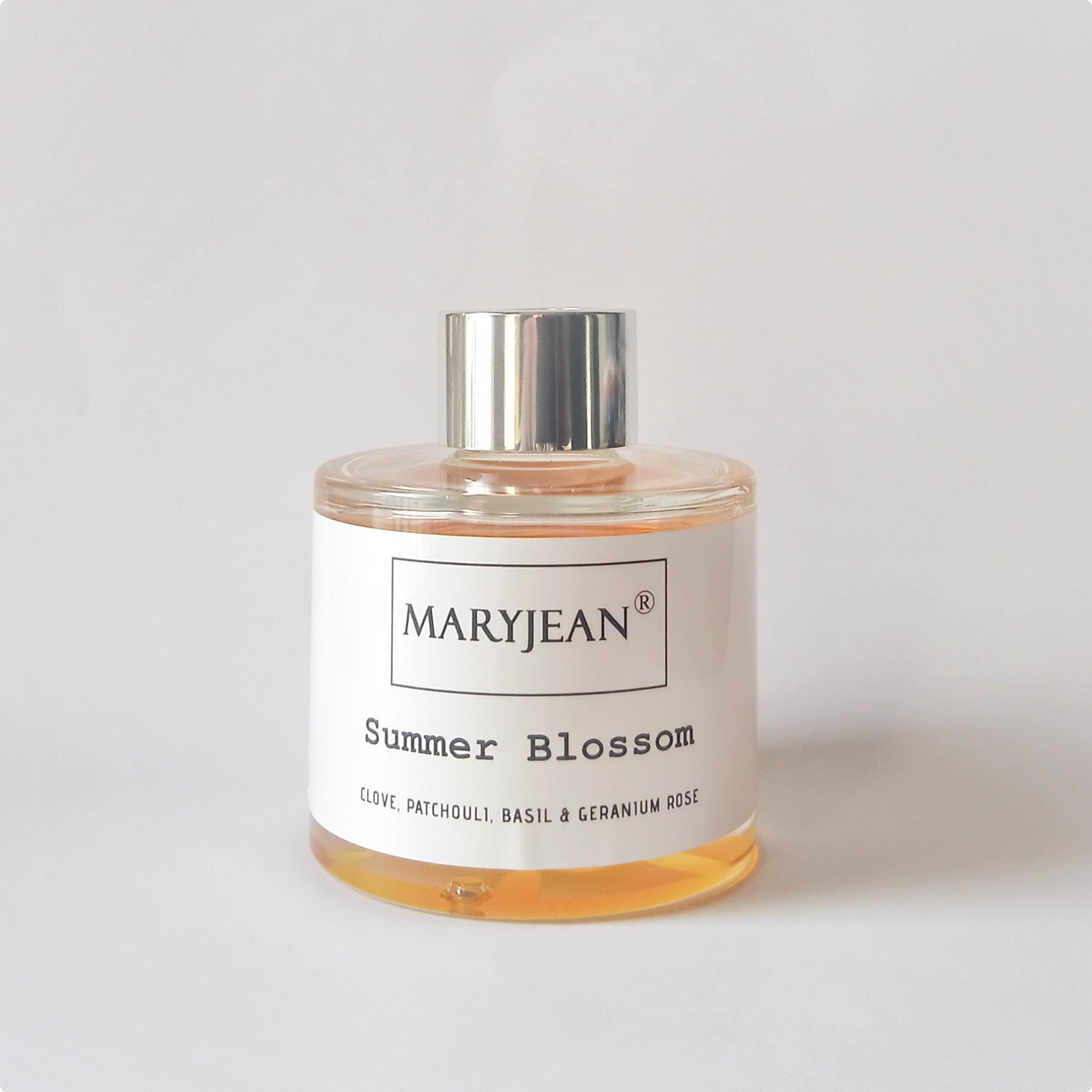 Unique blends of essential oils from Mary Jean our Home Seasons home fragrance range is our latest addition for your home