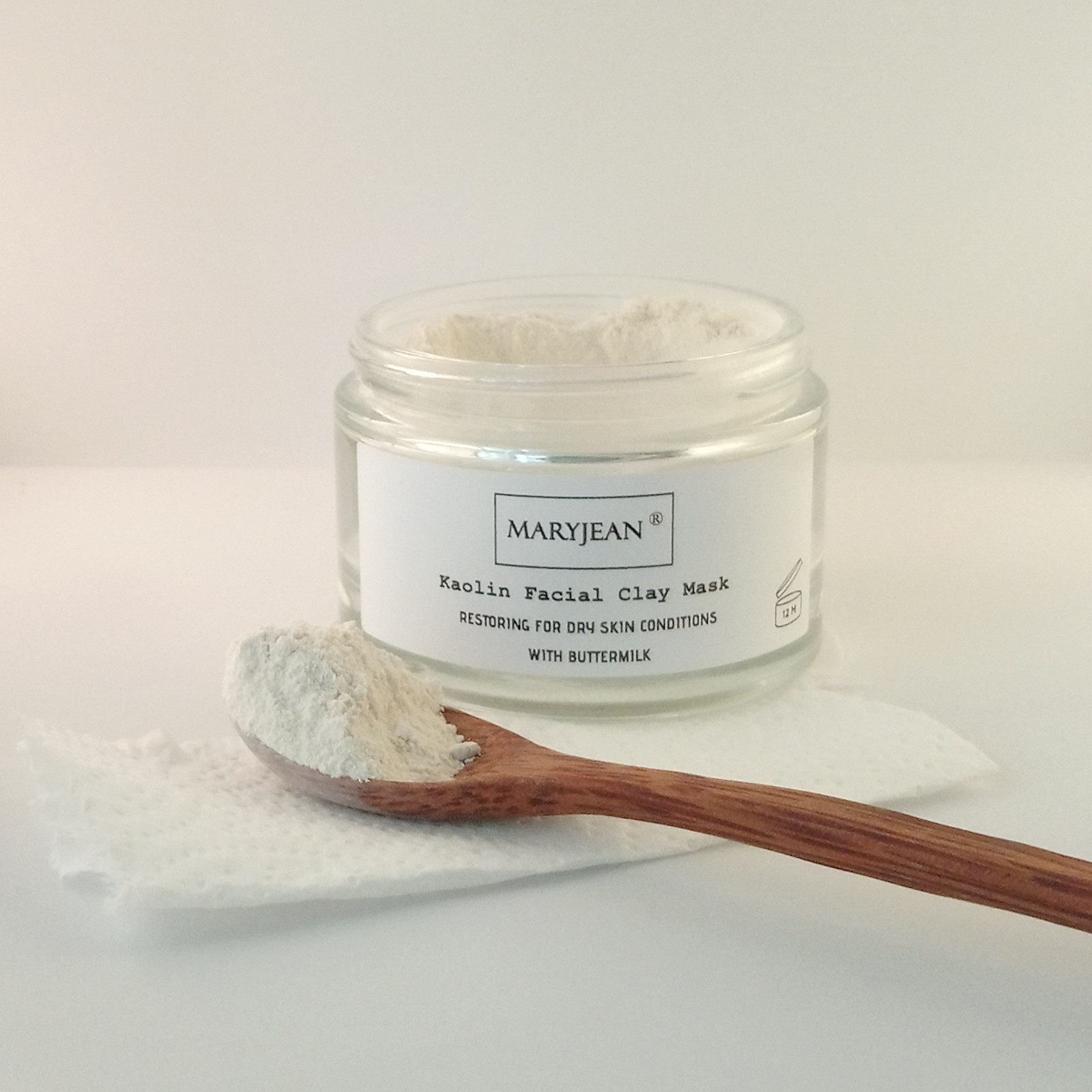 Increase your blood circulation when exfoliating your facial skin for a more radiant glowing skin complexion, use the Kaolin mask with buttermilk from Mary Jean
