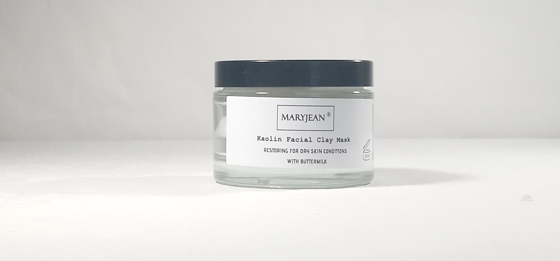 Use this Kaolin clay mask with Buttermilk extracts for smoothing over rough skin surface removes old dead skin cells and dull skin with lightening benefits