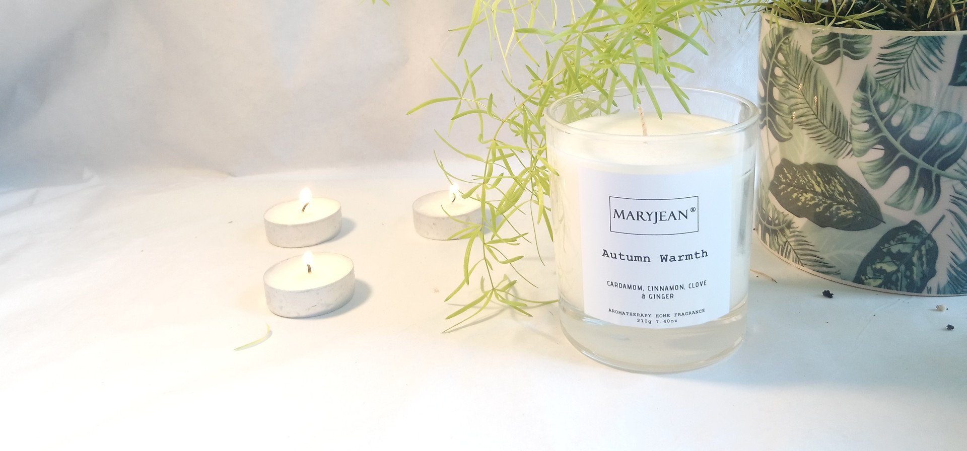 Natural Home Season's Autumn Fragrance Hand Poured Large Luxury Soy Candle en_GB