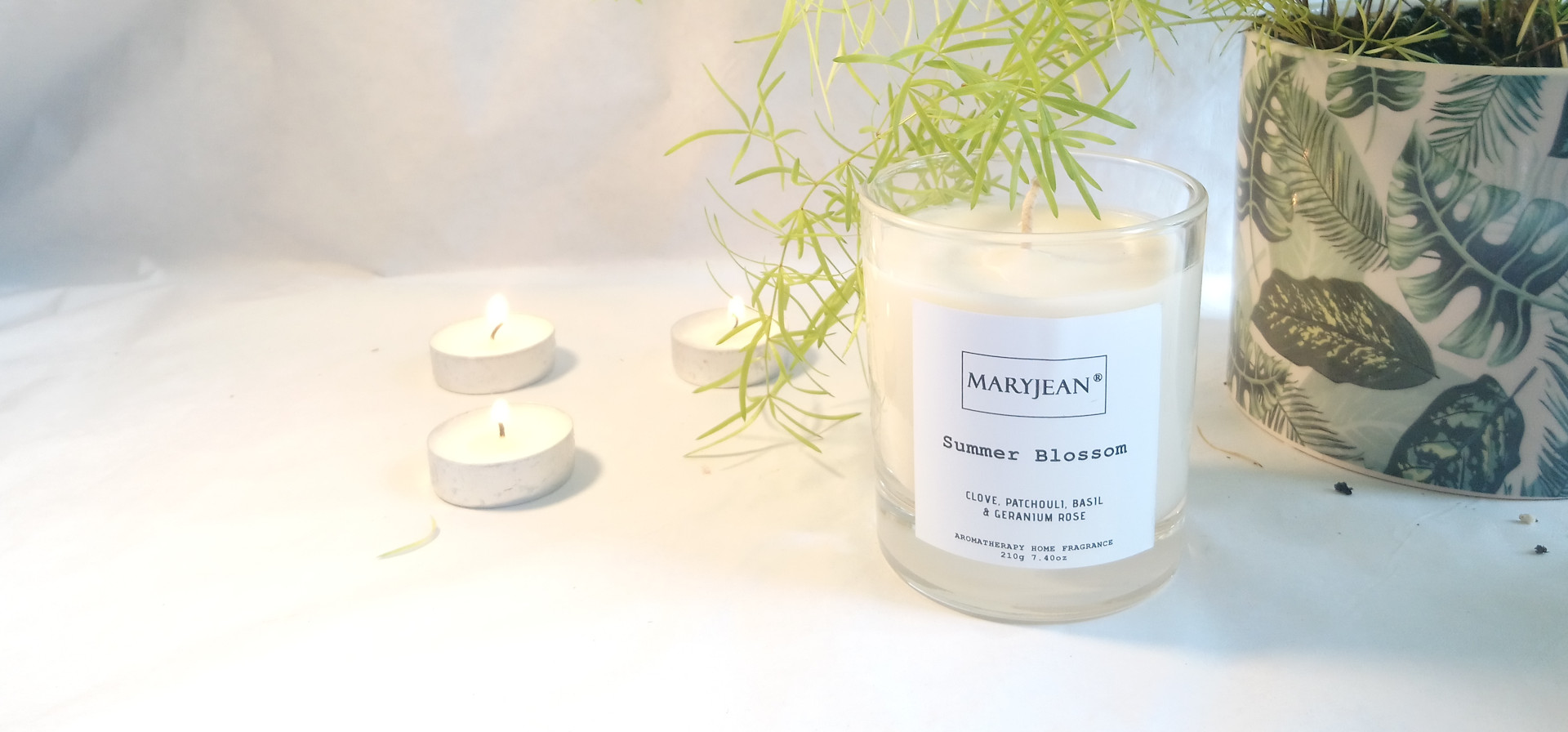 Natural Home Season's Summer Fragrance Hand Poured Large Luxury Soy Candle en_GB